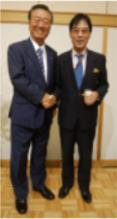 小沢氏、伊東氏